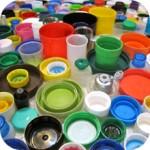 <b>Geometrie di tappi di plastica.</b><br /> Le opere di Tom Deininger